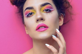 Do you need a license to become a makeup artist | Health and Style Institute | Contact us today at 1-844-94-STYLE for more information about our programs.